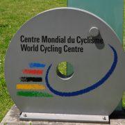 UCI på charmeoffensiv