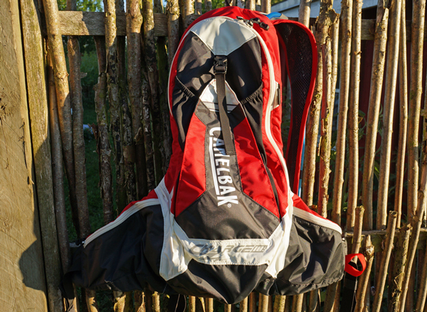 Camelbak-Charge-LV10-01