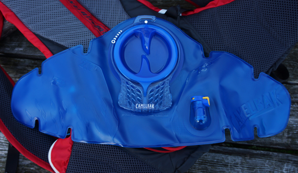 Camelbak-Charge-LV10-05