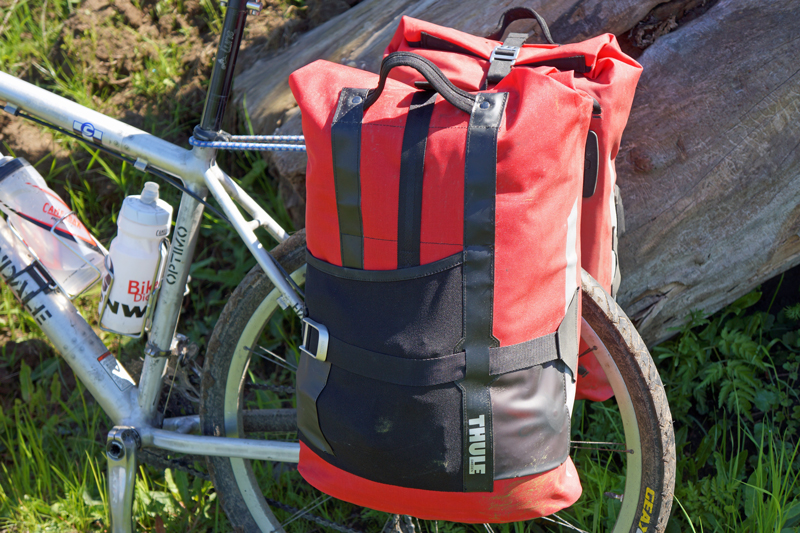 TEST af Thule Pack 'n Pedal Tour Rack og Commuter Bag