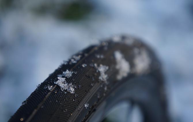 Test af brede dæk til racercyklen
