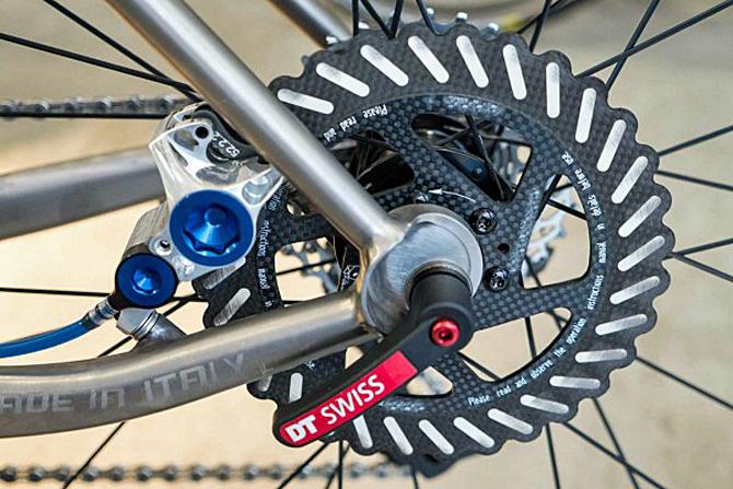 UCI åbner op for brug af skivebremser blandt de professionelle