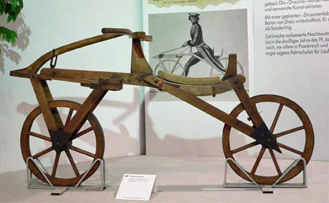 Gamle cykler på Egeskov Slot