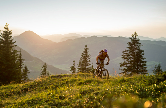 På cykelakademi i Kitzbüheler Alpen