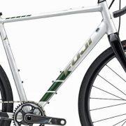 Veludstyret allrounder fra Fuji Bikes
