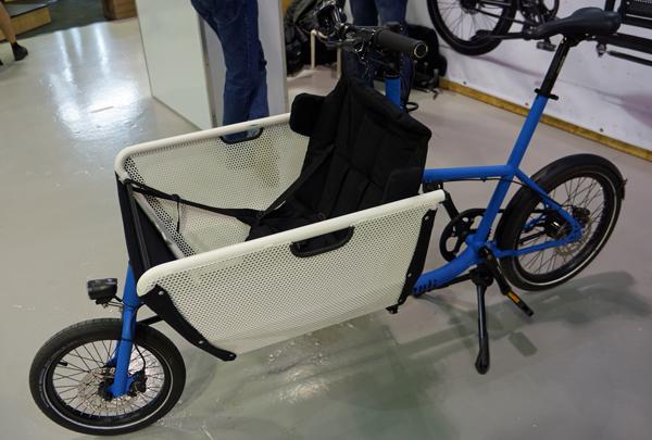 fuld på cykel