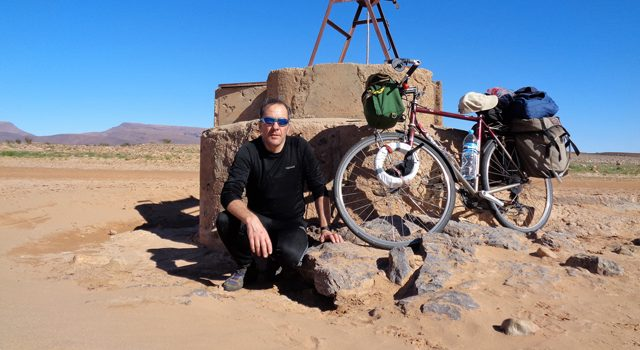 På to hjul i Marokkos ørken