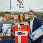 Dansk cykelrytterhold gør reklame i Berlin…