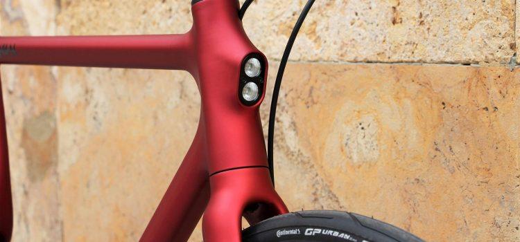 Prisvindende stålcykel går i serie produktion