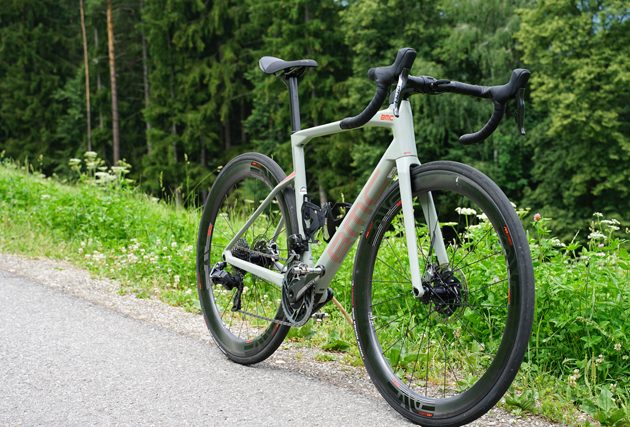 TEST: BMC Roadmachine 01 ONE