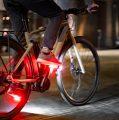 Gennemtænkt pedal med lys fra Redshift Sports
