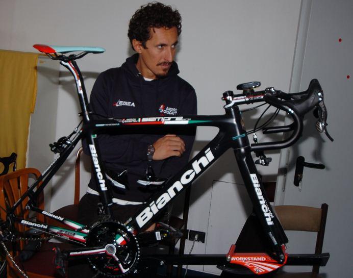 Franco Pellizotti på ny Bianchi Sempre Pro 2013