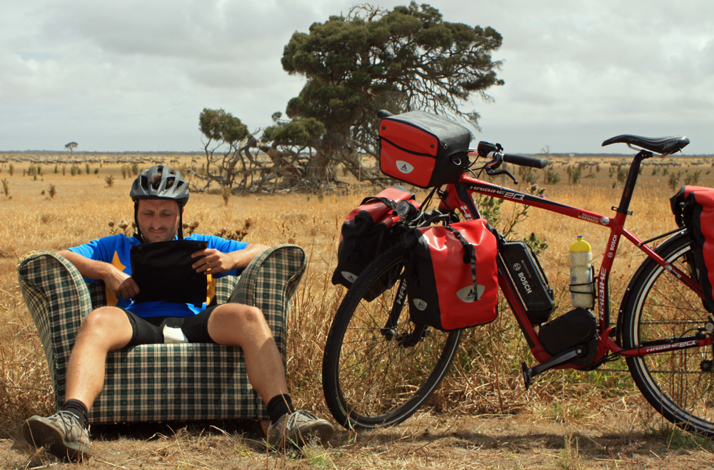 TURCYKLING: Australien rundt på elcykel